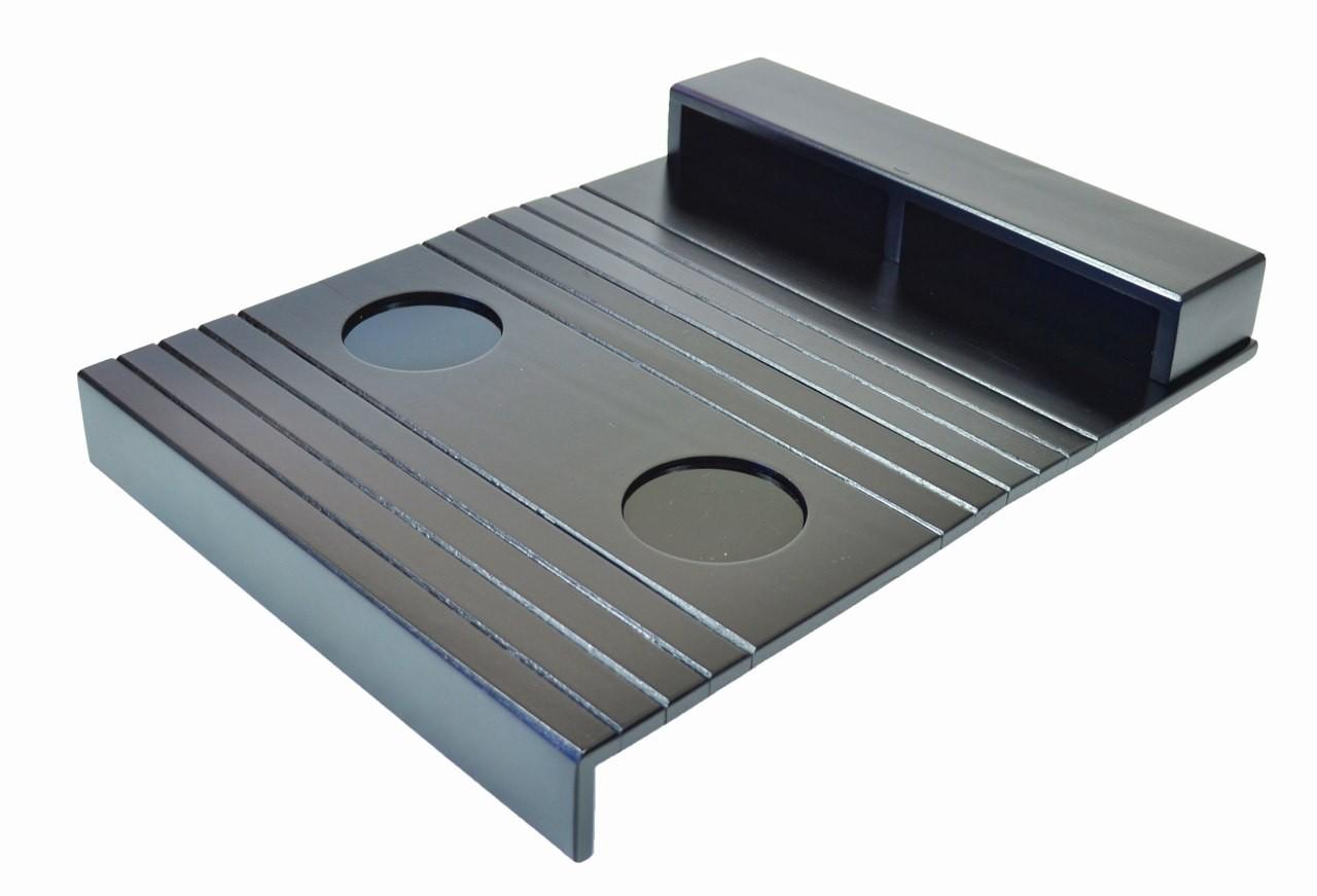 Esteira para Braço de Sofá com Porta Controle e Apoio de Copo  #505A66 1280x871